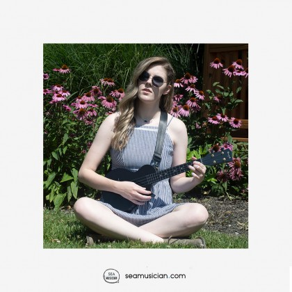 ENYA 23IN NOVA U SERIES CONCERT  UKULELE BLACK WITH  (BAG/CAPO/STRAP/STRING)